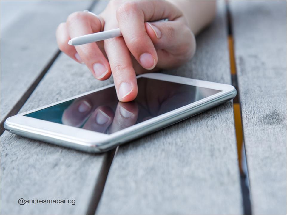 Andres Macario-Smartphone, dispositivo mas utilizado por los espanoles