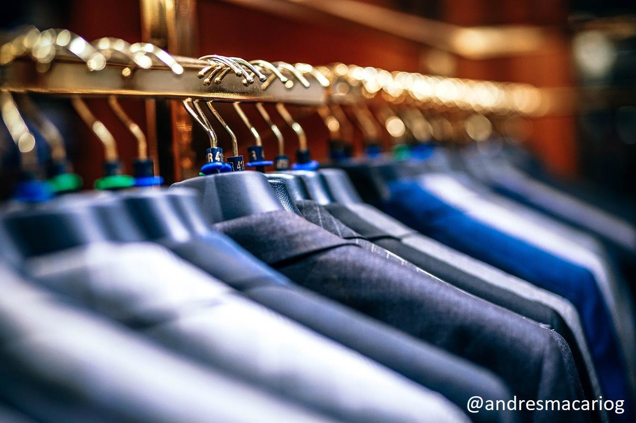 Como se compra moda online - Andrés Macario
